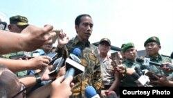 Presiden Joko Widodo memberikan keterangan di Mabes TNI Angkatan Darat, Senin 7 November 2016. (Foto: Biro Pers Kepresidenan).