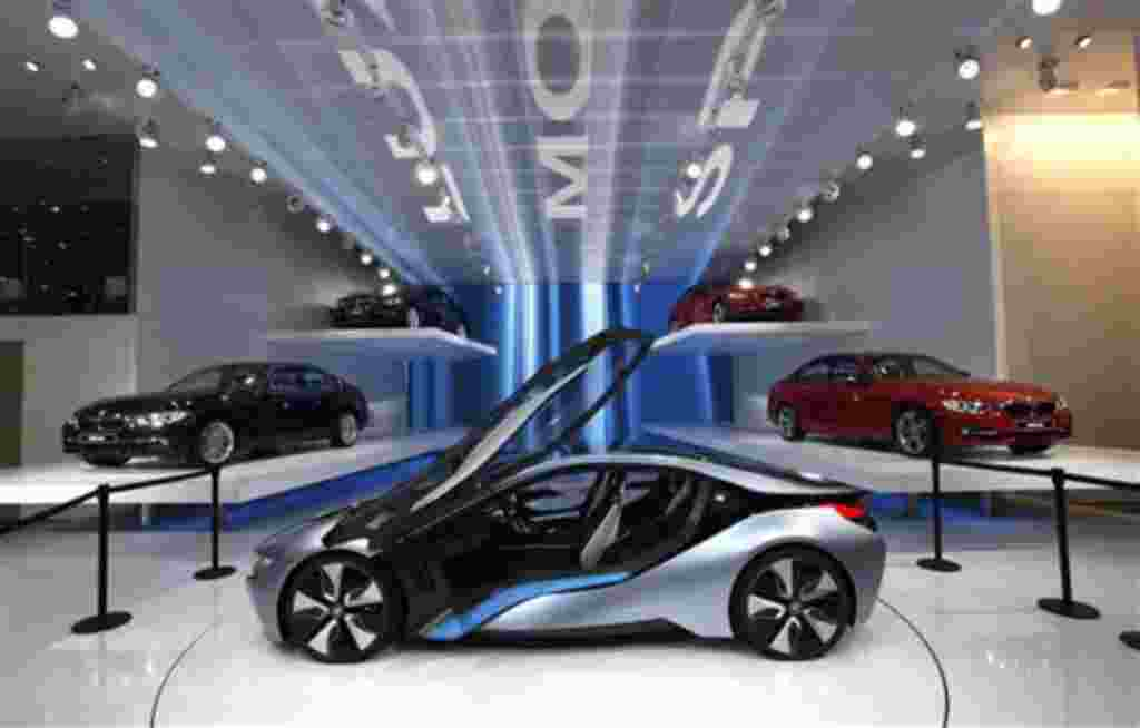 El concepto del BMW i8 en exhibición El Salón del Automóvil de Detroit.