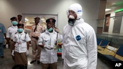 Autoridades nigerianas anunciaron el lunes un segundo caso de ébola en la nación más populosa de África.