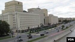 在莫斯科的俄罗斯国防部大楼。俄罗斯军方领导人已经多次宣布结束在叙利亚的军事行动和撤军。