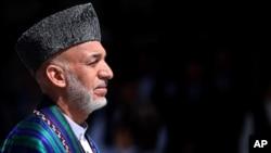 سابق افغان صدر حامد کرزئی (فائل فوٹو)