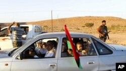 دانیشـتوانی بهنی وهلیدی لیبیا شـارهکه چۆڵ دهکهن