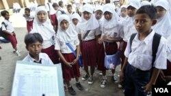 Hampir 50 juta anak Indonesia yang tidak memiliki akte kelahiran sering mendapat diskriminasi hukum (foto: ilustrasi).