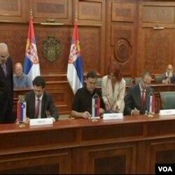 Ministri saobraćaja Slovenije, Hrvatske i Srbije u Beogradu podpisuju dogovor o osnivanju zajedničke željezničke kompanije