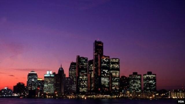 Detroit, la otrora cuarta ciudad de EE.UU., ha caído al decimoctavo lugar en población. Pero peor aún, está acorralada por las deudas