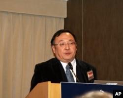 台湾淡江大学美洲研究所教授陈一新