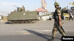 لبنان کے فوجیوں کا متاثرہ علاقوں میں گشت(فائل)