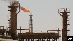 Kilang minyak terbesar Irak di kota utara Baiji, Irak (Foto: dok).