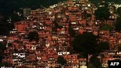 Brazil: Merren masa për pastrimin e lagjeve të varfëra nga trafikantët e drogës