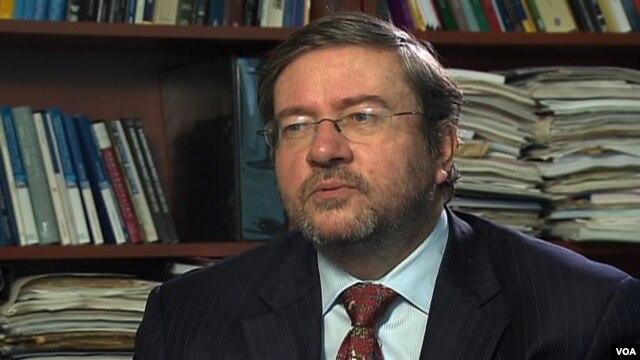 Daniel Hamilton, Direktor Centra za transatlantske odnose na Višoj školi za medjunarodne studije Univerziteta Džons Hopkins