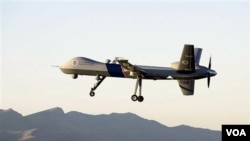 Serangan pesawat tak berawak AS menewaskan 18 orang tersangka militan di Waziristan utara (24/8).