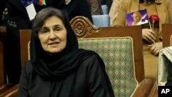 د افغانستان لومړۍ میرمن (ارشیف)