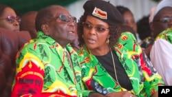 La femme du Président Mugabe Grace à Marondera, à 100 kilomètres d'Harare, le 2 juin 2017.