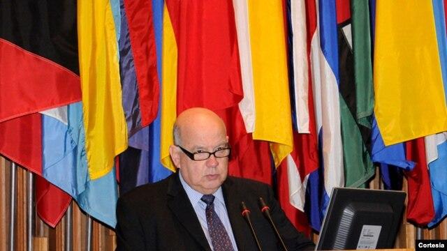 El Secretario General Insulza presentará las recomendaciones de los jóvenes en el pleno extraordinario de la OEA.