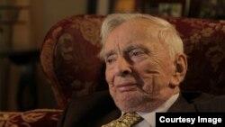 Кадр из фильма «Гор Видал: Соединенные Штаты Амнезии»