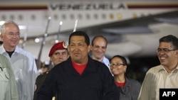 Venesuela prezidenti Hüqo Çavez 2012-ci ildə keçiriləcək seçkilərdə namizədliyini irəli sürəcəyini bildirib