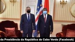 Jorge Carlos Fonseca, Presidente de Cabo Verde (esq) e João Lourenço, Presidente de Angola (dir), Luanda