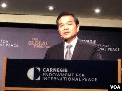 前台湾经济部长陈瑞隆(美国之音钟辰芳拍摄)