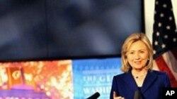 인터넷 자유를 강조하는 클린턴 국무장관