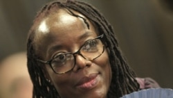 Au Zimbabwe, l'écrivaine féministe Tsitsi Dangarembga a été arrêtée
