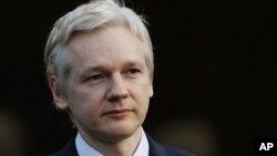 위키 리크스의 설립자 줄리언 어산지. (자료사진)