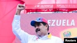 """La madrugada del jueves, agentes de inteligencia detuvieron a Roberto Marrero, un cercano colaborador de Guaidó, bajo acusaciones de """"terrorismo""""."""