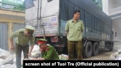 Pihak berwenang di Thanh Hoa merampas 2,7 ton gading gajah, 9 Juli 2017