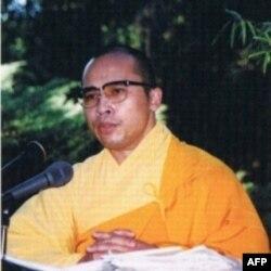Thượng Tọa Thích Viên Lý, Tổng Thư Ký của Văn phòng 2 Viện Hóa Đạo, Giáo Hội Phật Giáo Việt Nam Thống Nhất tại Hải ngoại và Hoa Kỳ