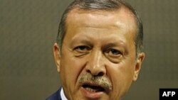 Թուրքիայի վարչապետը Հայաստանի նախագահից ներողություն է պահանջում