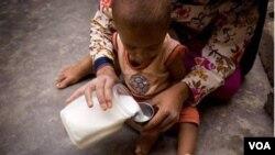 Ribuan balita di Afrika hadapi risiko mengalami kekurangan gizi yang parah.