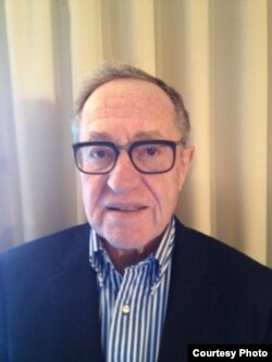 哈佛大学法学院教授艾伦•德肖维茨