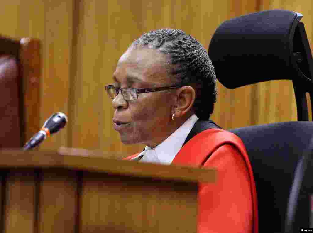 Judge Thokozile Masipa reads her verdict in the Oscar Pistorius trial at the North Gauteng High Court in Pretoria, Sept. 11, 2014.