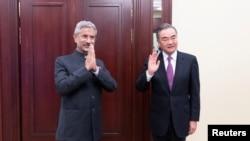 中国外长王毅与印度外长苏杰生在莫斯科会晤。(2020年9月10日)