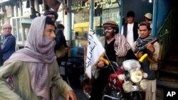 قندوز میں طالبان جنگجو (فائل فوٹو)