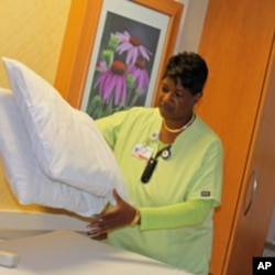 OhioHealth has paid out more than $377,000 to active employees, many of whom take a break from work to walk at lunch.