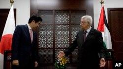 د جاپان صدراعظم منځني ختیځ ته د خپل شپږ ورځنی سفر په دوران کې دی