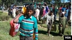 បុរសរ៉ូហ៊ីងយ៉ាមួយចំនូនបានទៅដល់ប្រទេសបង់ក្លាដែសក្នុងខេត្ត Cox's Bazar។ ពួកគេបានឆ្លងចូលតាមទន្លេង Naf កាលពីចុងខែវិច្ឆិកា។