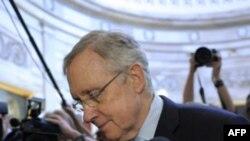 Lãnh đạo khối đa số ở Thượng viện Harry Reid ở Washington, Chủ Nhật, 31/7/2011