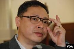 香港大學學者戴耀廷表示,和平佔中運動最主要不是佔領中環,而是佔領中間、原本不關心政治人士的心