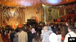 В зале церковных соборов храма Христа Спасителя