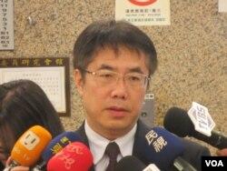 台灣在野黨民進黨立委黃偉哲(美國之音張永泰拍攝 )