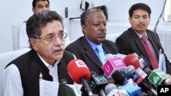 وفاقی وزیر نجم الدین خان نے اسلام آباد میں صحافیوں کو تفصیلات بتائیں