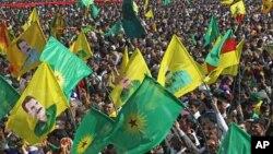 Демонстрация сторонников Рабочей партии Курдистана. Архивное фото.