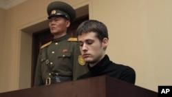 Matthew Miller, durante su juicio en Pyongyang, Corea del Norte.