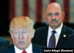 FILE - Trump Organization chief financial officer Allen Weisselberg looks on as then-U.S. Republican presidential candidate Donald Trump speaks during a news conference at Trump Tower in Manhattan, New York, U.S., May 31, 2016. (REUTERS)