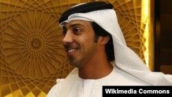 Sheikh Mansour bin Zayed Al Nahyan, Deputi PM Uni Emirat Arab, yang membeli koran The National (foto: Wikipedia).