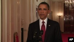 سهرۆک ئۆباما له میانهی پـێشـکهشکردنی وتارهکهی به بۆنهی کوژرانی ئوسامه بن لادن، شهوی یهکشهممه 1 ی پـێـنجی 2011