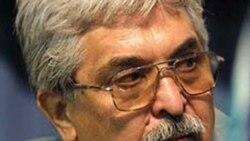 ابراز نگرانی خانواده محمد سیف زاده از امنیت و سلامت او در زندان اوین