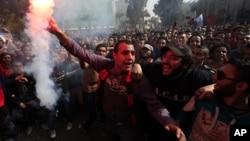 Kota Port Said di kawasan Terusan Suez, Mesir terus bergolak, dipicu oleh penggunaan kekuatan berlebihan oleh polisi anti huru hara (foto: dok).