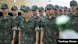 탈북민들이 바라본 한국의 군대 문화
